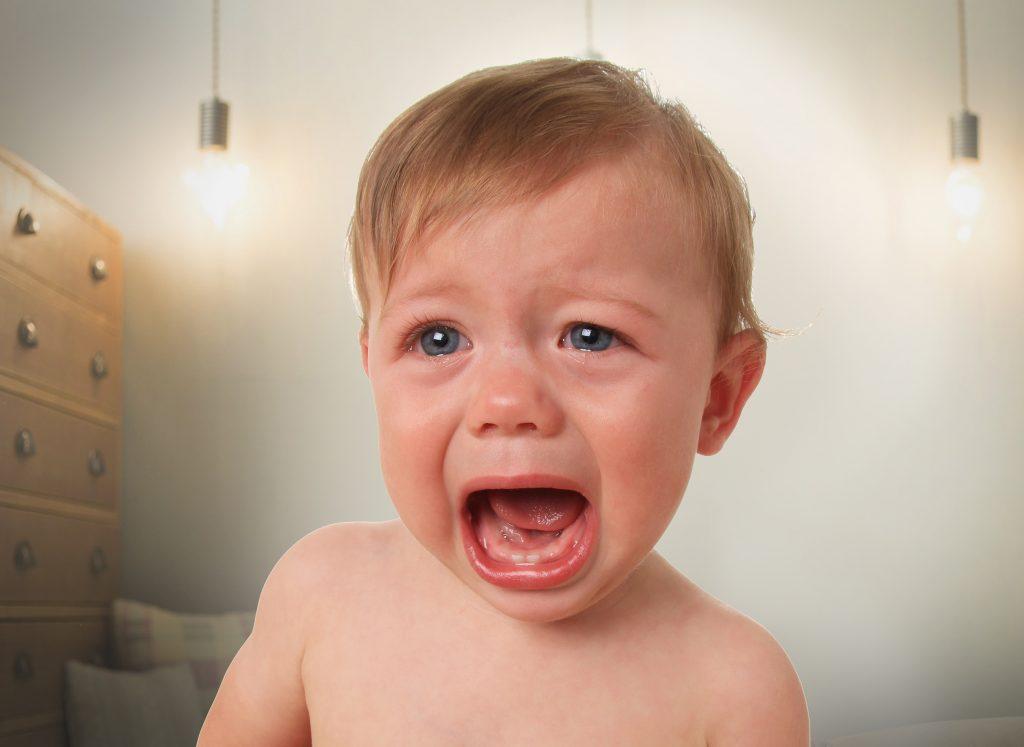 כאבי בקיעת שיניים אצל תינוקות